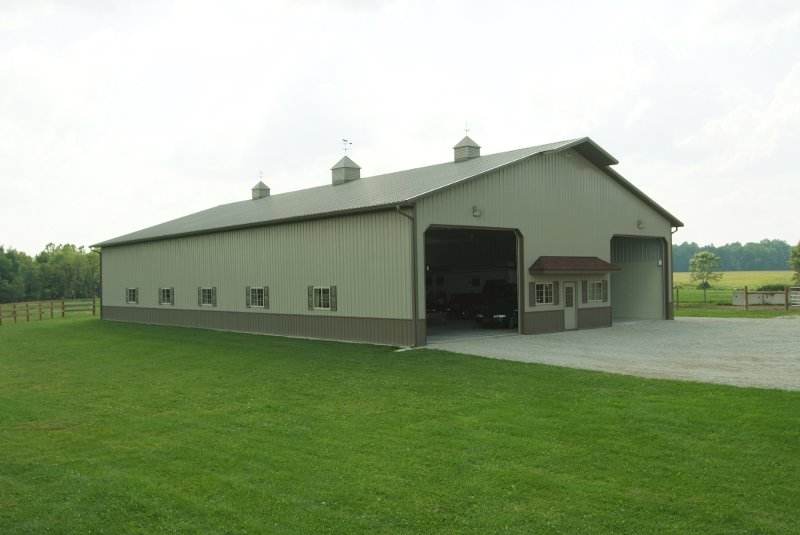 Equestrian / Hobby Shop 60' x 104 with a 14' x 3' eyebrow